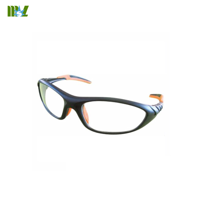 Fashionable lead glasses