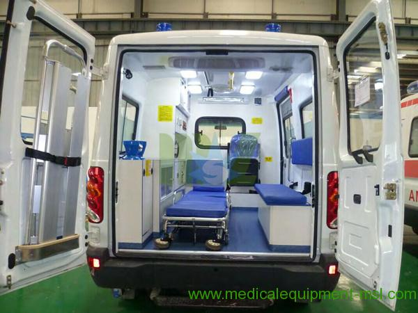 Injured people IVECO Ambulance MSLCY4