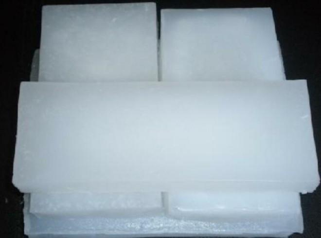 what is paraffin wax