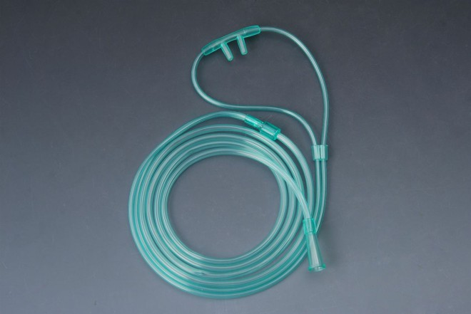 colored oxygen nasal cannula